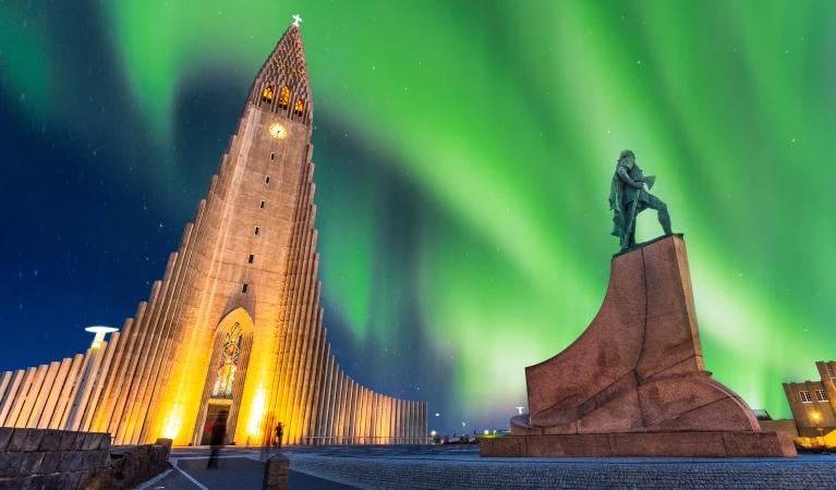 Iceland's Northern Lights-WPTZ TV