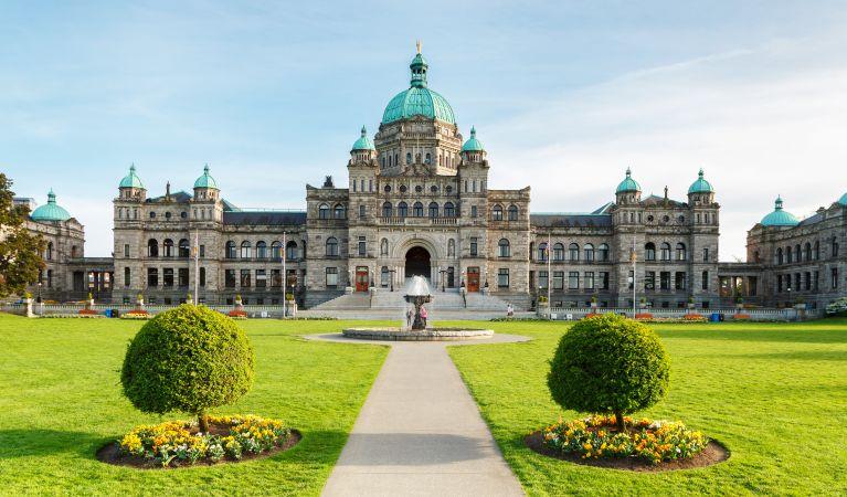 Victoria, Vancouver & the Canadian Rockies-WPR Radio